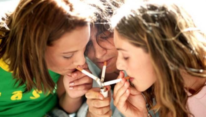 chicas-fumando-3